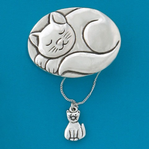 Cat Sleeping With Seastar Necklace